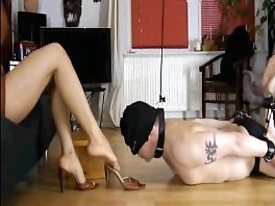 Femdom Action German Goddess Leyla Dominates Her Slave