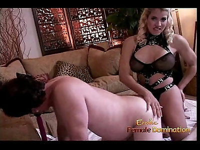 Extremely horny guy enjoys riding hard on a huge strap