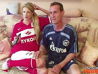Step dad Seduce Young Not Step daughter to Fuck His Big