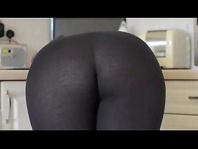 Leggings milf ass this