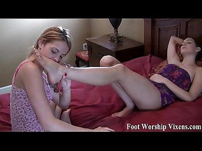 Bella and Sadie having some sexy foot fun