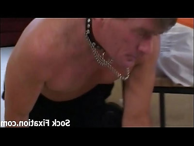 Suck my toes and lick pussy slave boy!