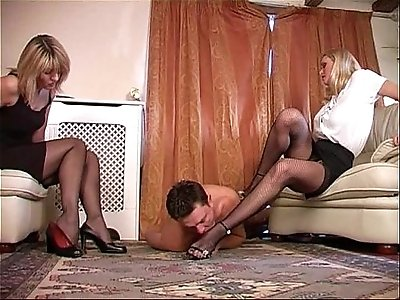 Under the feet of two Ladies